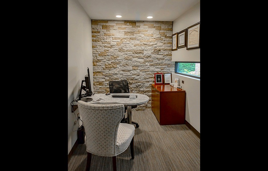 Consultation room in the dental office of Rina Singh, DDS